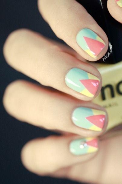 We love this geometrical pastel nail art!