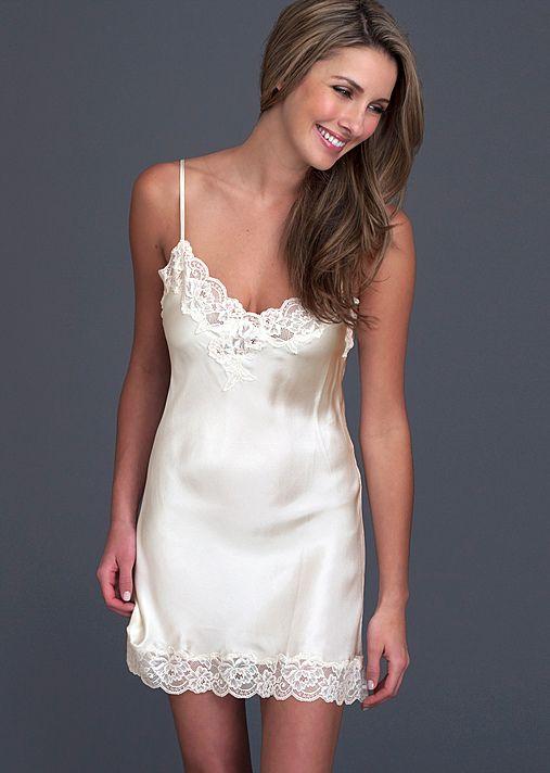 foto de Le Tresor Silk short nightgown silk full slip Silk chemise Night gown Silk nightgown