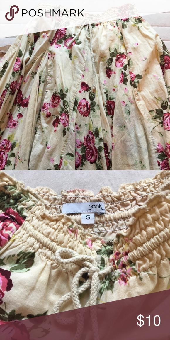 996f370ec10a Skirt Yank size small (fits like size 3 or 4). Elastic gathered waist. Knee  length. Yank Skirts Midi