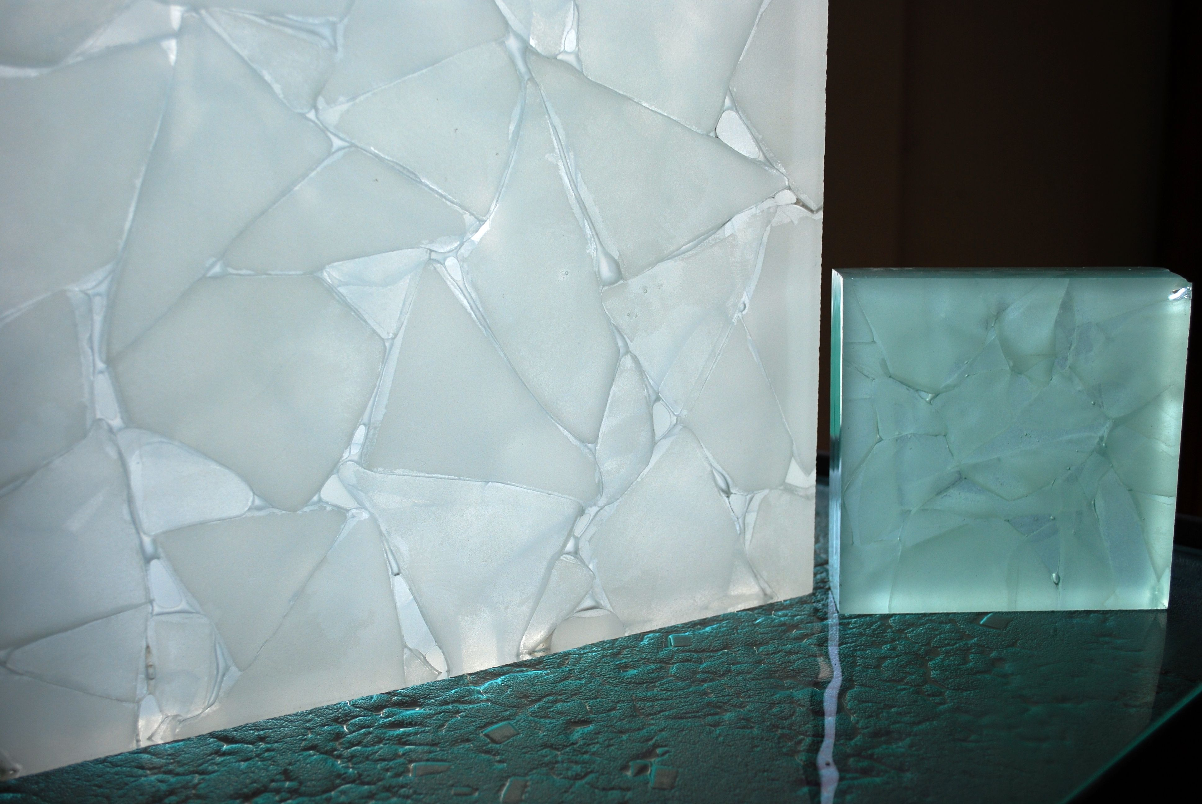 Thermo Formed Float Glass Incorporating Reclaimed Fractured Glass Segments Heat Fused Between Sheets Of Similar Color Float Glass Thi Fused Glass Glass Design