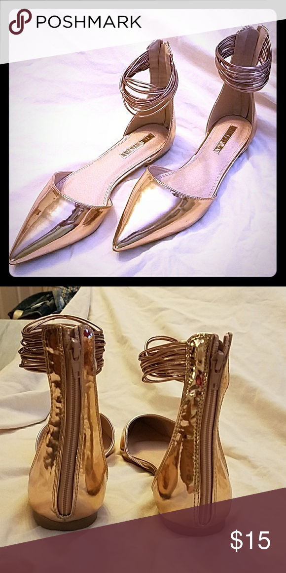 4d1f47ee0b78 Liliana Rose Gold Flats Almost new worn once rose gold pointed toe flats Liliana  Shoes Flats   Loafers