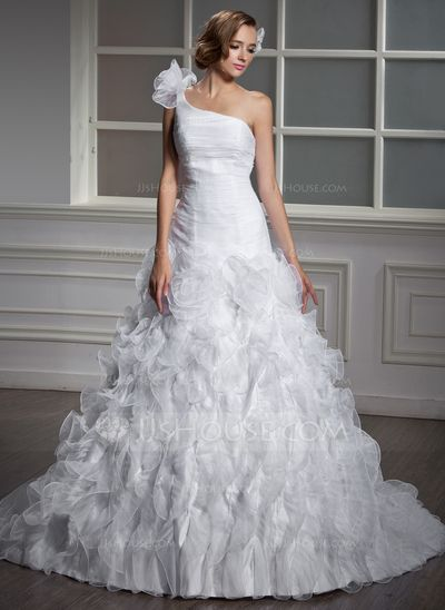 Pin By Tania Alarosi On Gorgeous Wedding Dresses Ball Gowns Tiered Wedding Dress