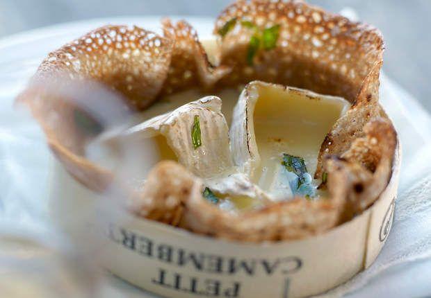 Galettes de sarrasin au camembertVoir la recette desGalettes de sarrasin au camembert >>