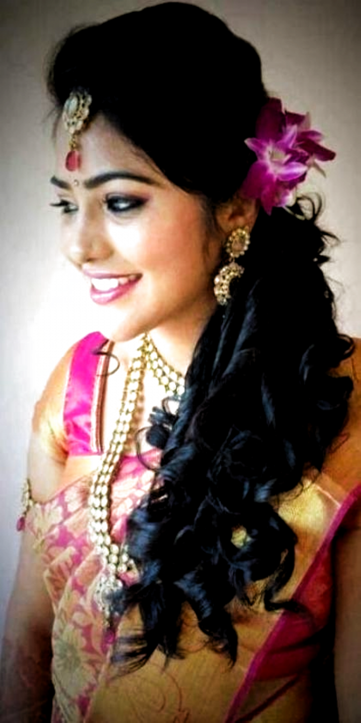 Wedding Hairstyles Brown Eye Shadows 42 Ideas In 2020 Indian Wedding Hairstyles Indian Hairstyles Hair Styles