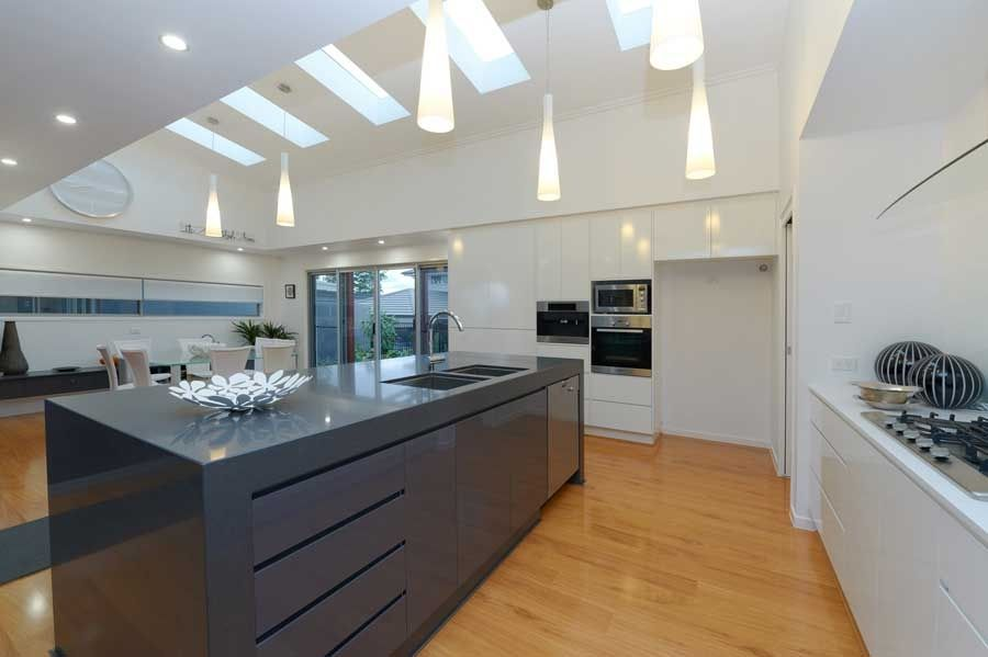 Evolution 12Mm Australian Select Laminate Flooring Blackbutta Best Timber Kitchen Designs Decorating Design