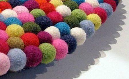 tutorial para hacer bolas de fieltro con fieltro plano
