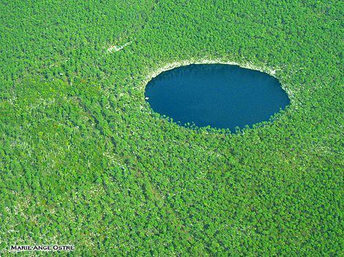 Blue Hole In Andros Bahamas Blue Hole Blue Hole Belize Bahamas