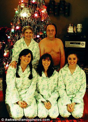 Good Family Portraits Gone Wrong: The 35 Most Awkward Family Photos Ever