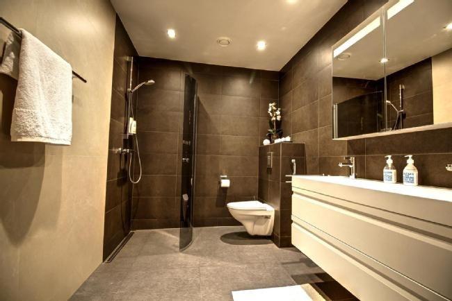 5 6h K Rt Saunaos 2kph Wc Khh Terassit Par Bathroom Mirror Lighted Bathroom Mirror Bathroom Lighting