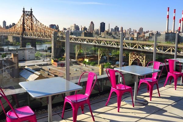 Love This Rooftop Lounge With Hot Pink Chairs The Z Nyc Hotel In Lic Rooftopsnew York