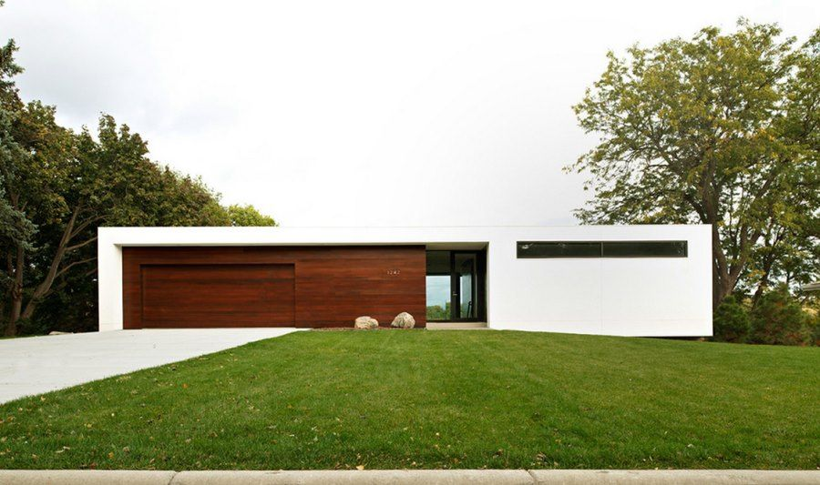 Contemporary stucco and wood house - Decoist | Awesome architecture ...