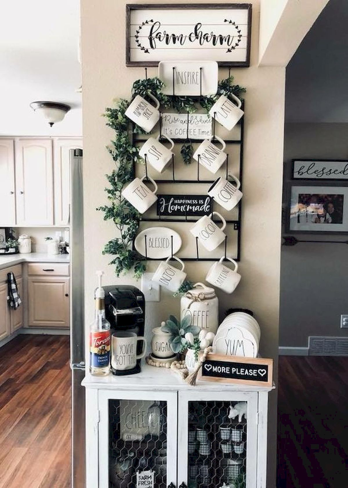 33 Awesome Farmhouse Small Apartment Decor Ideas And Design images