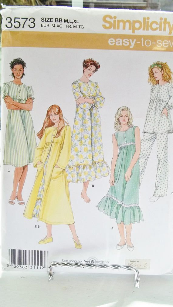 f4d809137a Women s Full Figure Sleepwear Simplicity 3573 Sewing Pattern Ruffled ...