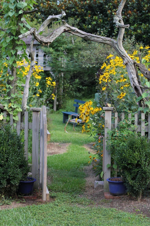 tour an artist's eclectic garden at turnipseed farms | gardens