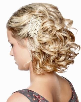 Short Trendy Hairstyles That Ll Impress Your Guests Quinceanera Formal Hairstyles For Short Hair Cute Curly Hairstyles Short Hair Styles