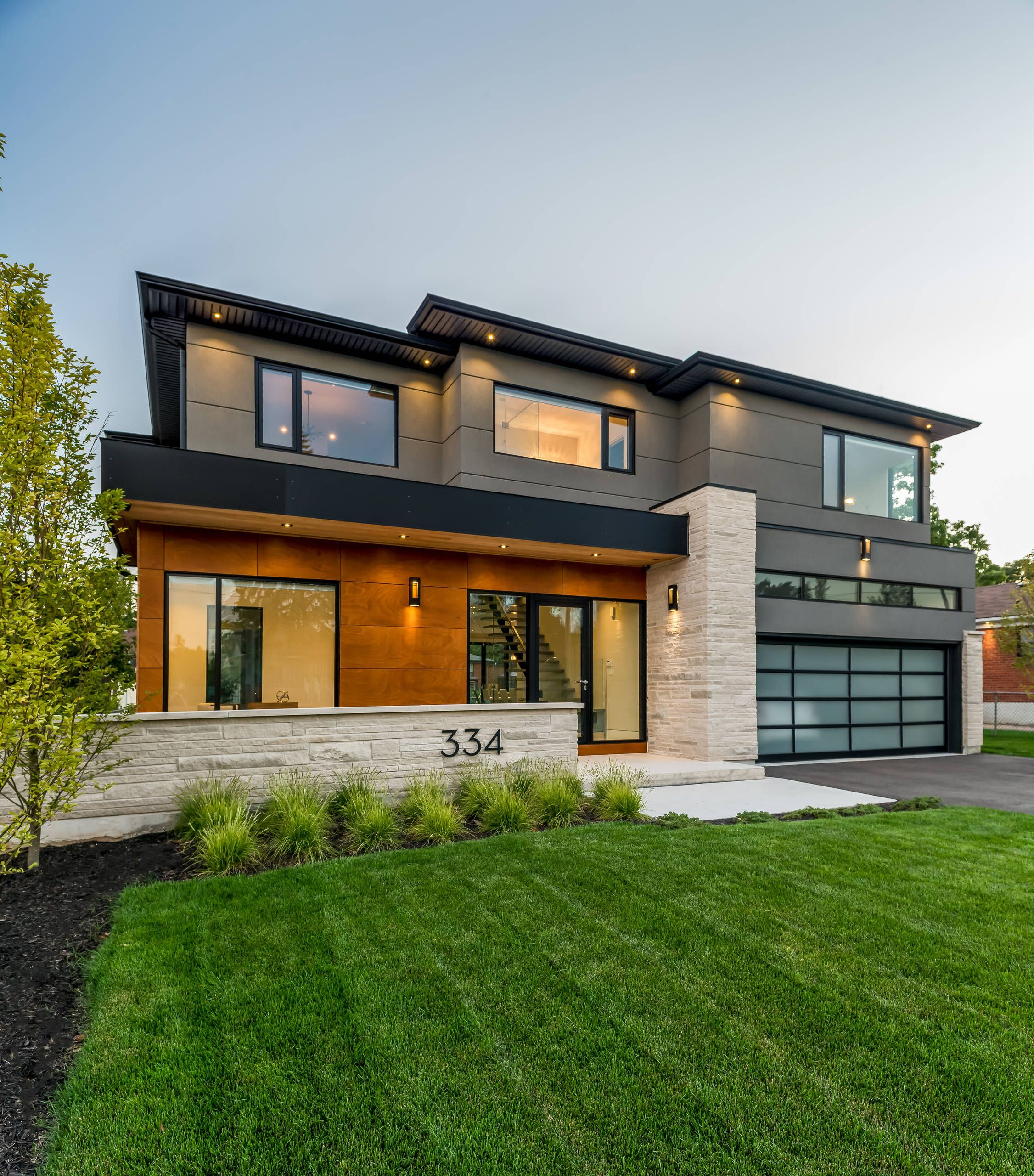 Modern Architecture, Unique