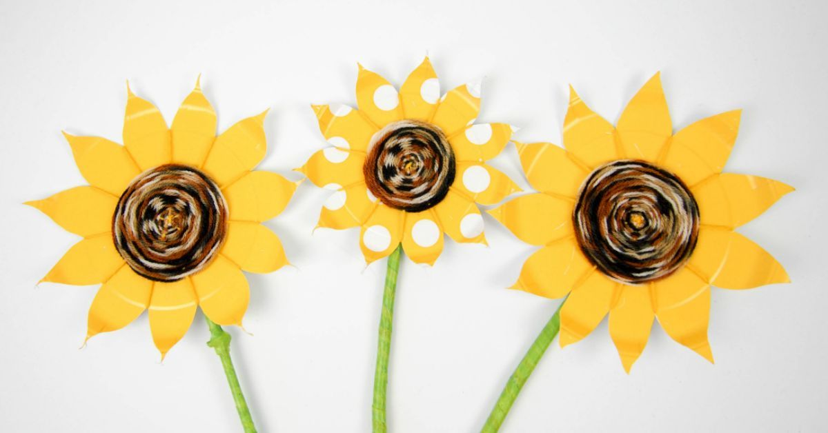 Paper plate weaving  sc 1 st  Pinterest & Paper plate weaving | Simple kids crafts Sunflowers and Craft