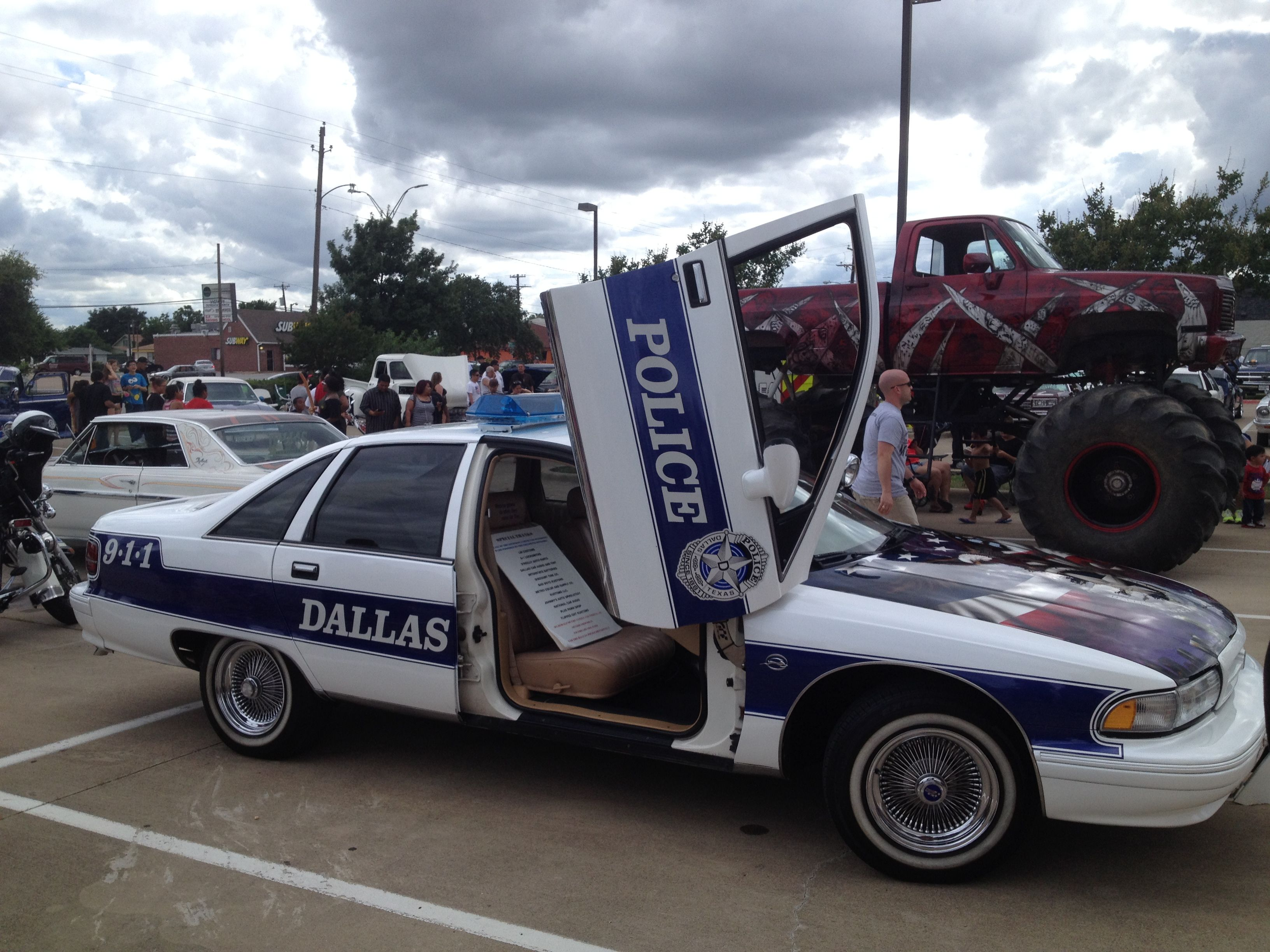 Dallas PD Had A Lowrider Patrol Car This Was At The Car Show At - Lowrider car show dallas