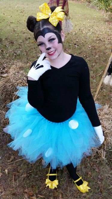 f9ba9e8f6079a Minnie Mouse costume with blue skirt | Disney | Mouse costume ...