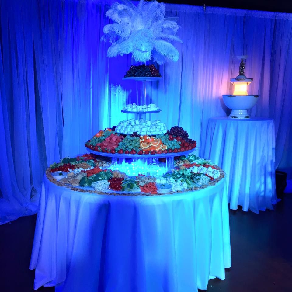 All White Party, White Party Decorations, Buffet Table, Food Table, Elegant  Party