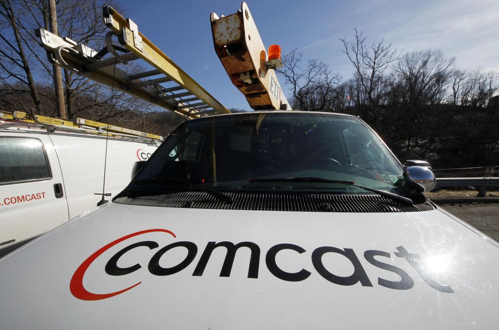 Cable companies' shares fall after Obama announcement on