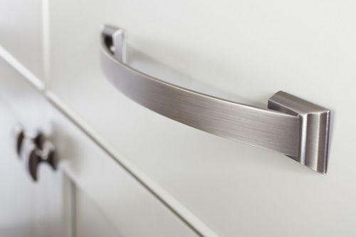 AMEROCK Cabinet Hardware SATIN NICKEL Knobs /& Pulls Cupboard Drawer Door Handle