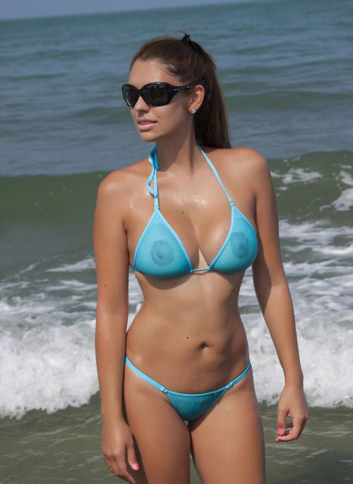 microww: follow microww | Women in very revealing Bikinis ...
