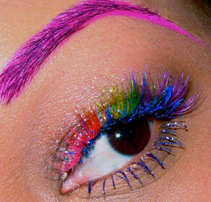 Incredible individual rainbow lashes.
