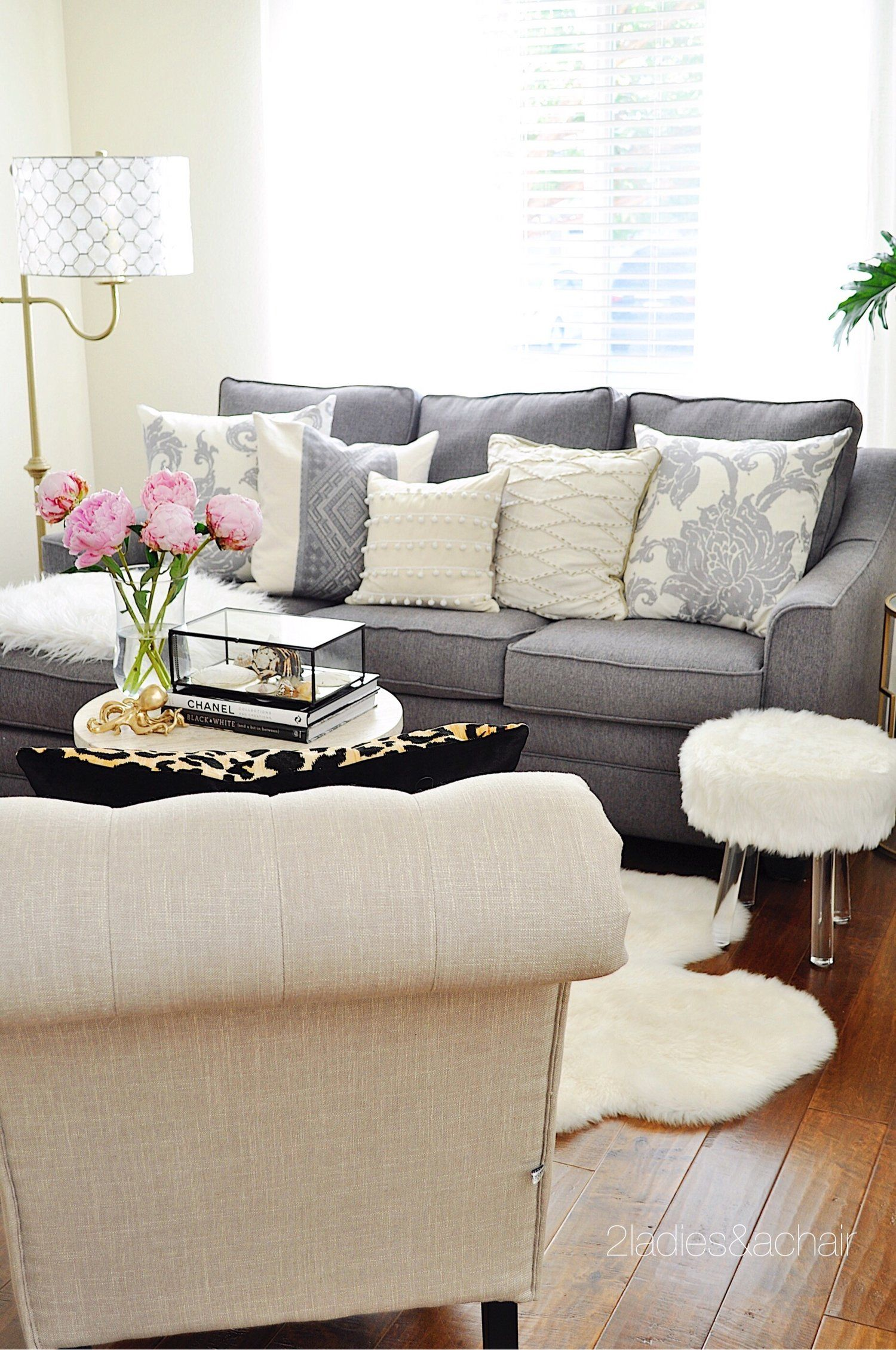 Jun 13 Summer Home Tour: Adding Color to Your Home | Grey couches ...