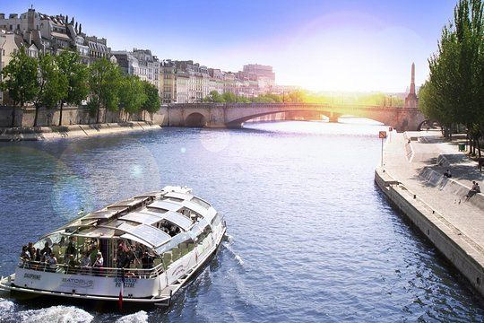 Seine River Hop On Hop Off Sightseeing Cruise In Paris