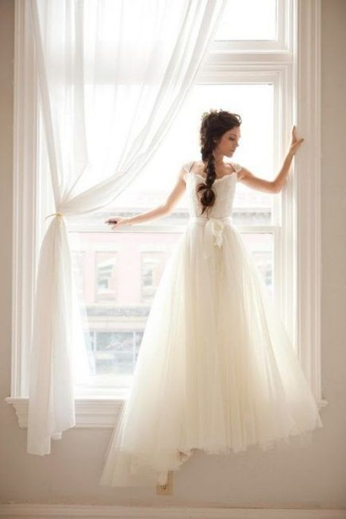 Empire waist-ed tulle wedding dress #weddingdress #wedding #vintage #tulle #empirewaist