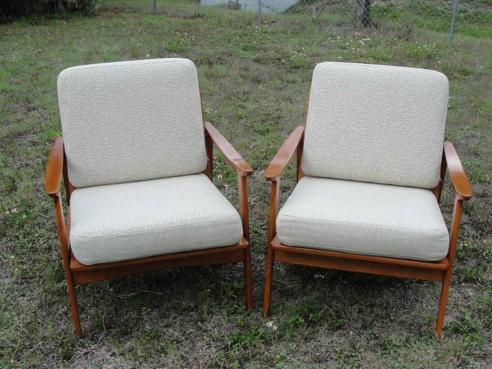 Best Pair Of Mid Century Modern Teak Lounge Chairs Yugoslavia 400 x 300