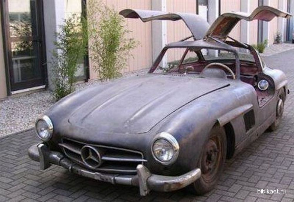 Check Out These Abandoned Sports Cars And Supercars In Dubai