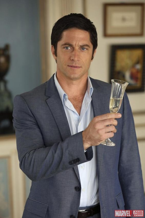david conrad married to nina garcia