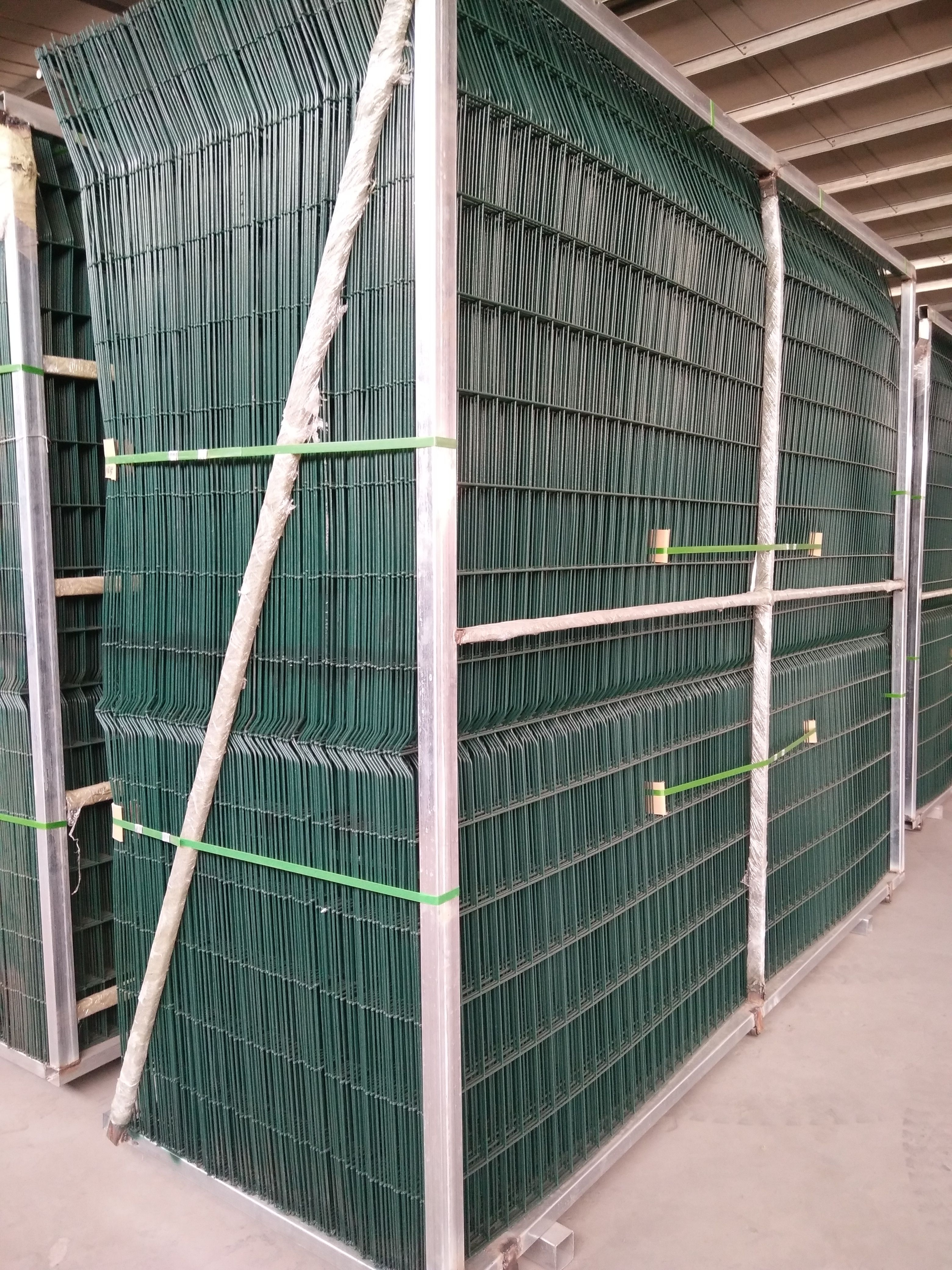 welded wire mesh fence | wire mesh fence | Pinterest | Mesh fencing ...