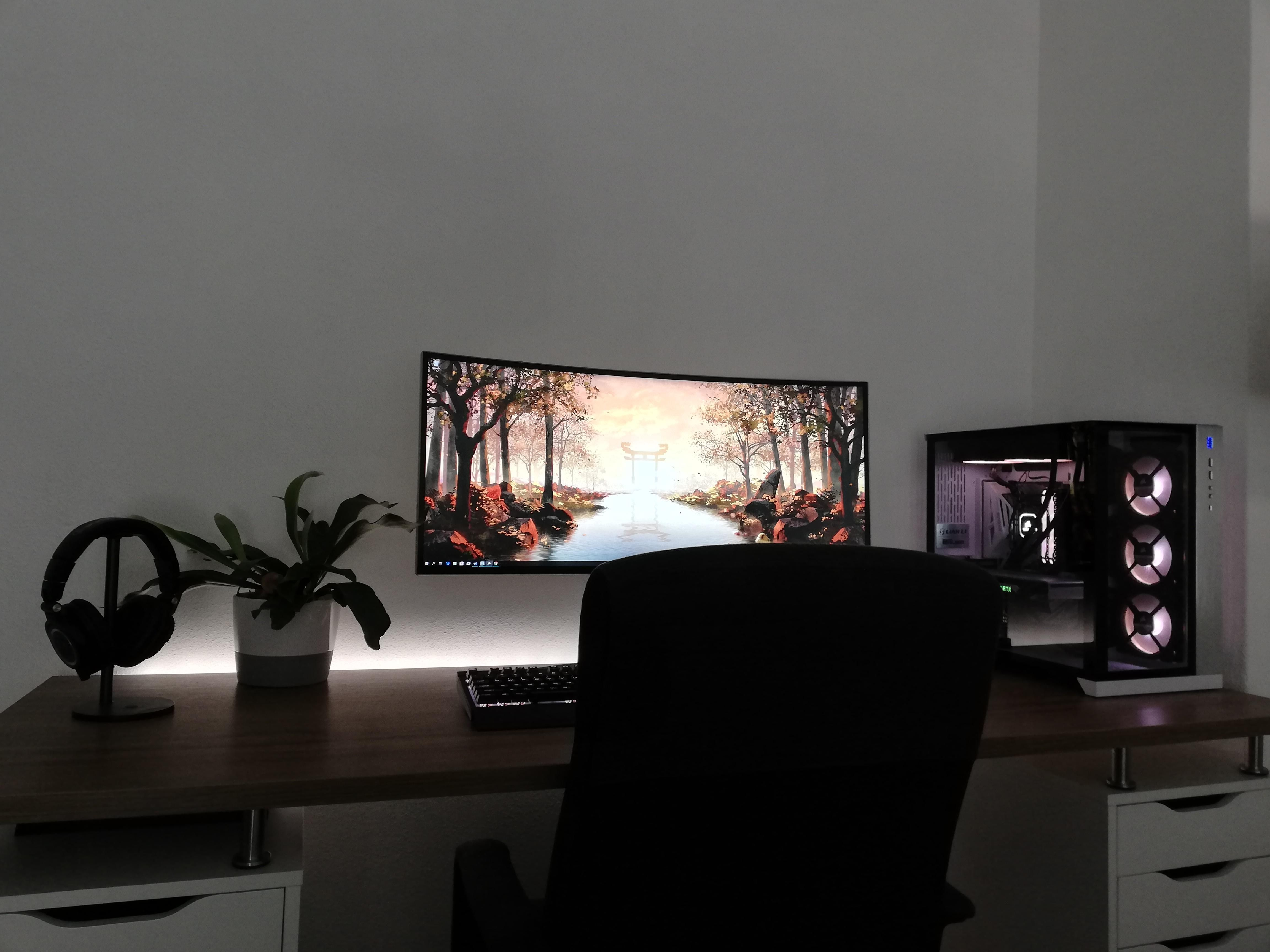 Clean Single Monitor Setup Living Room Gaming Setup Game Room Design Gaming Room Setup Bedrooms Living room gaming pc