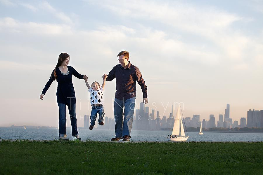 Family photography and maternity photography at the chicago lakefront