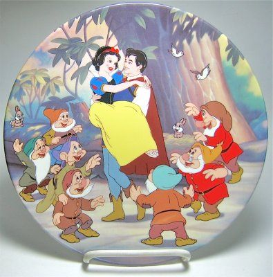 Disney 'Happy Ending' - Snow White & Prince & Seven Dwarfs