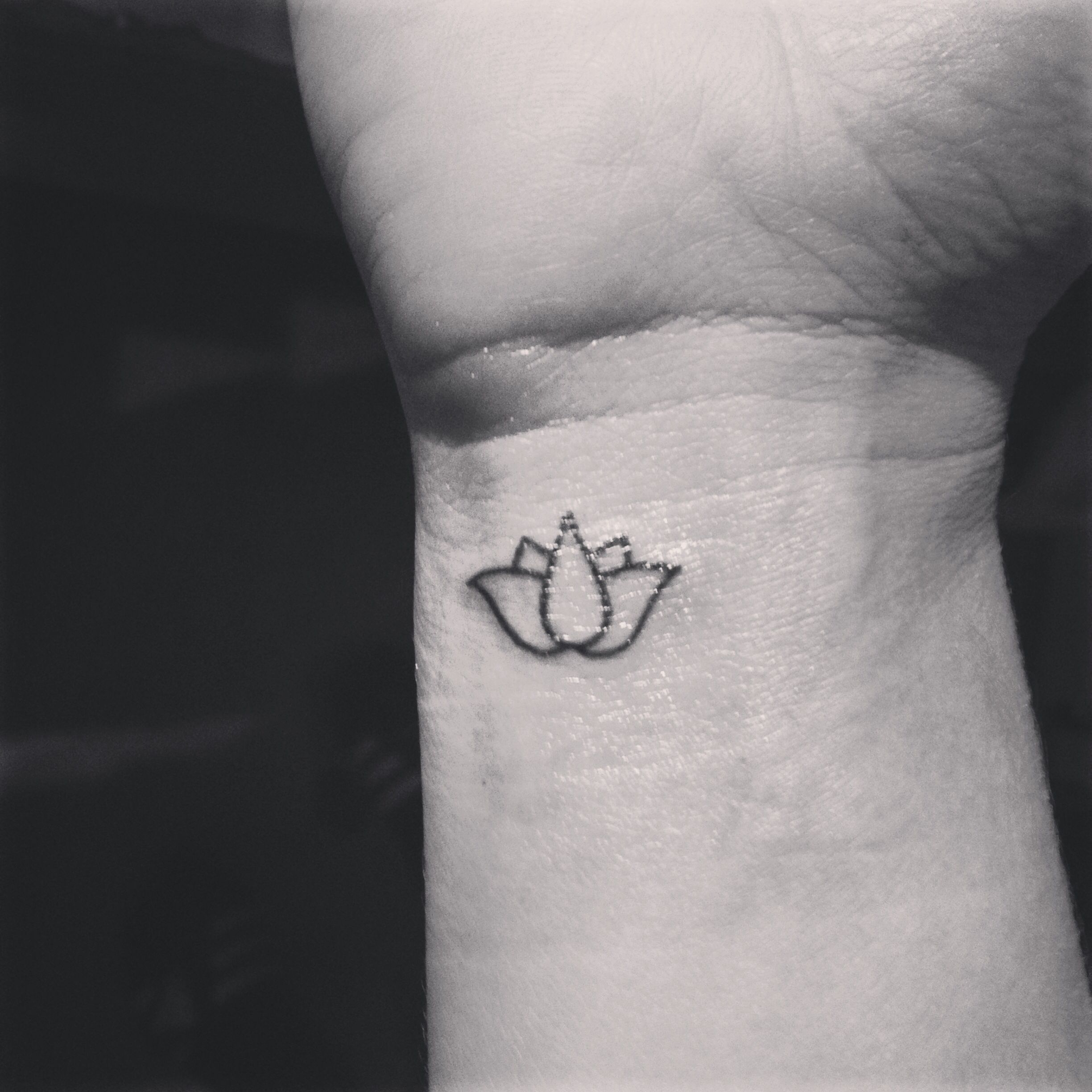 Black and white, flower, lotus flower, minimalist, wrist