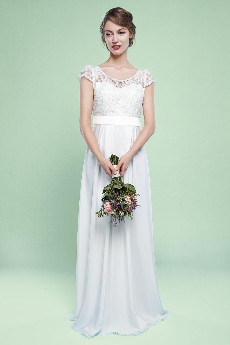 Brautkleid Fleur in zarter Vintegoptik | Hochzeit | Pinterest | Nice