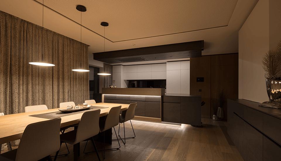 Lichtsteuerung Im Loxone Smart Home Atemberaubende Beleuchtung