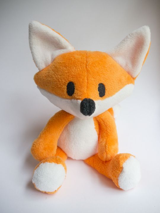 It's Here! The free Cherry the Fox Pattern #stuffedanimals