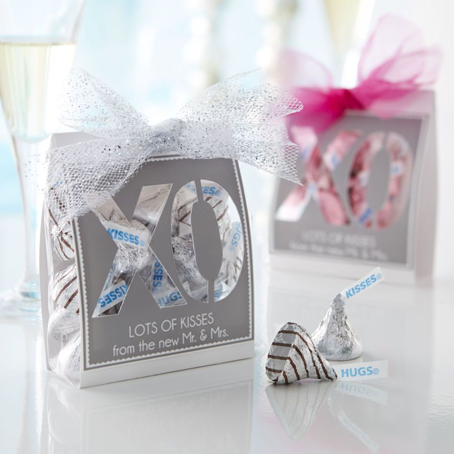 View This Fun And Easy Summer Inspired Kisses Xo Wedding Favors Craft From Celebrate With Hershey S