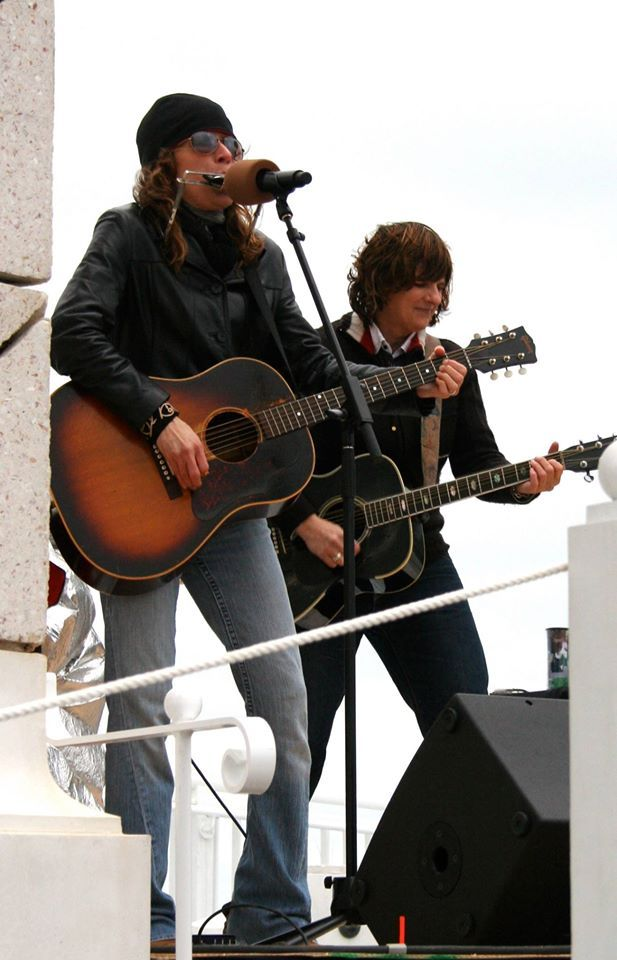 Throwback to 30A a few years ago... here I am with Amy Ray.