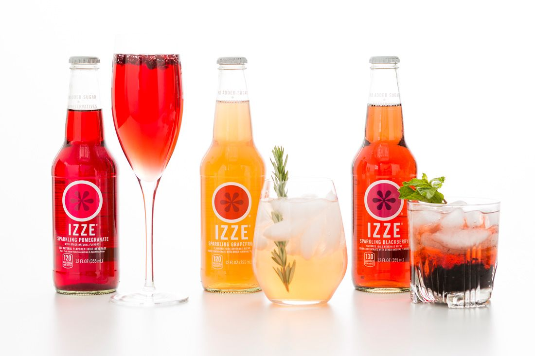 Get Fizzy With It 3 Sparkling Cocktails To Make Right Now
