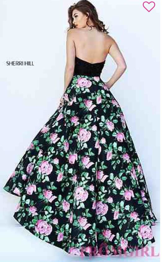 This amazing dress is found on promgirl.com