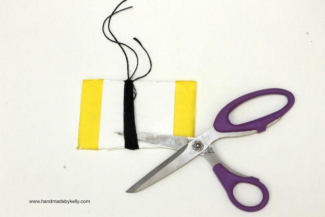 DIY Hippie Tassel Necklace www.handmadebykelly.com