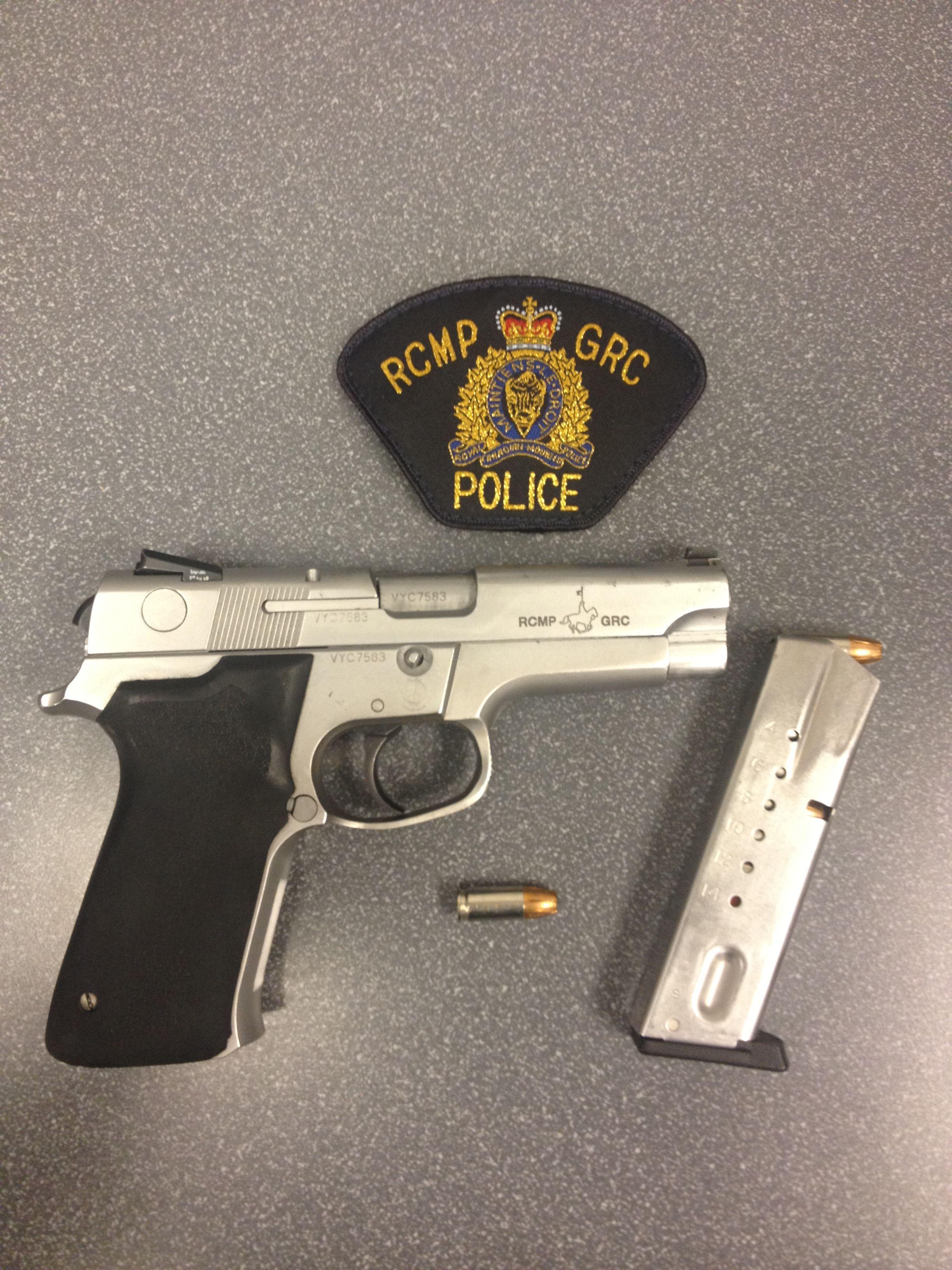 Smith & Wesson 5946, 9mm/15 Rd Pistol | for JonPaul | Guns, Smith