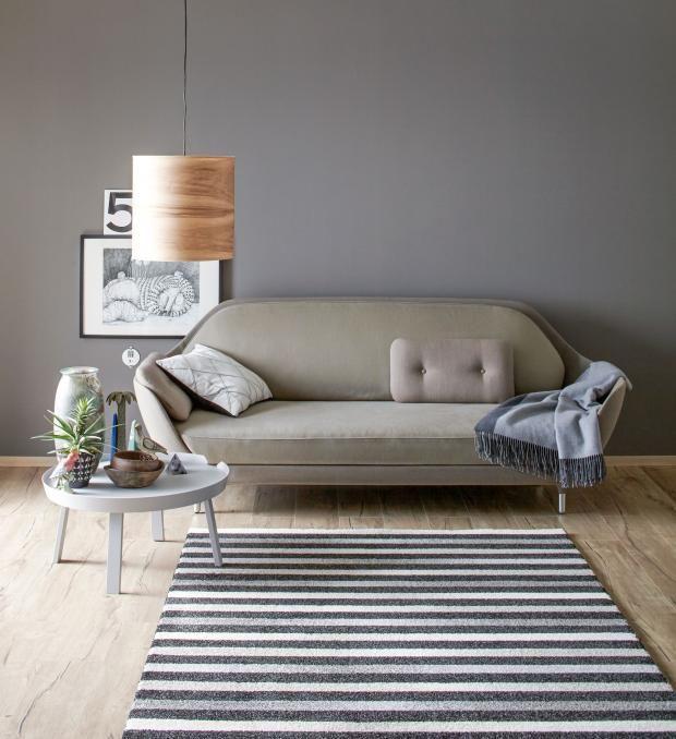 grau als trendfarbe dunkelgrau f r die wand pinterest sch ner wohnen farben wandfarbe und. Black Bedroom Furniture Sets. Home Design Ideas