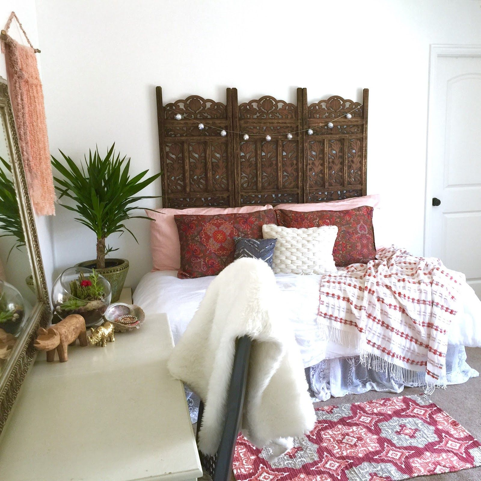Best Boho Bedrooms That Perfectly Expresses Your Personality Modern Hippie Decor Sofa